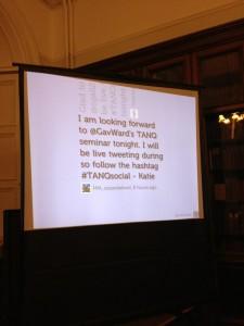 social media presentation live tweeting